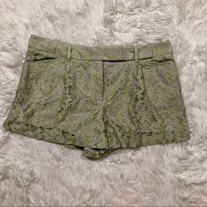 Chelsea and Violet Shorts lace size Medium